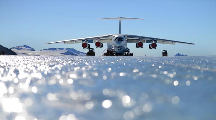 Ice runaway Antartica - Fuente Ice Marathon